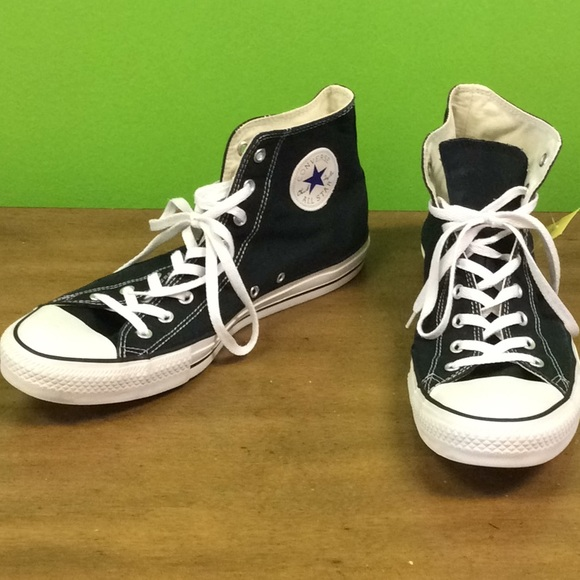 251db02e5fca45 Converse Other - Converse Size 14 Men s Black PREOWNED Women s 16